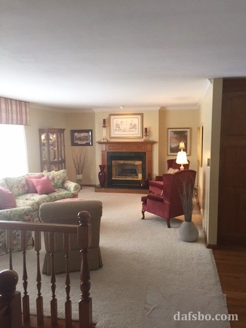 4 Bedroom Raised Ranch Home on WestEnd of Dubuque 1736